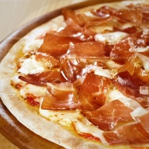"ALT=""pizza jamón iberico online"""